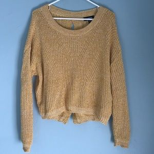 Cable knit split back sweater, size small